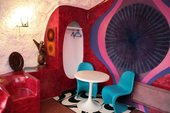 museumotel 3 Stay in a Bubble Bungalow