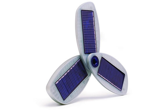 Solio Solar Universal Hybrid Charger