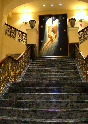 monaco3 San Franciscos Whimsical, Luxurious Hotel Monaco