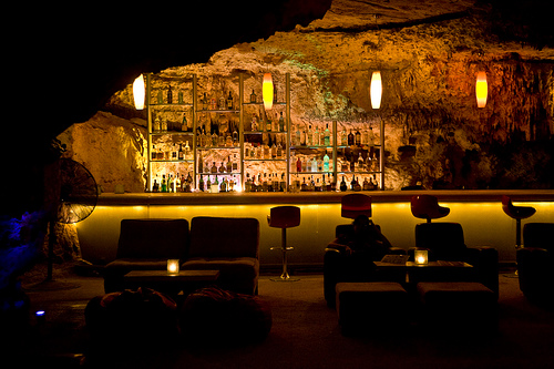 alux4 The Caribbeans Cavern Restaurants