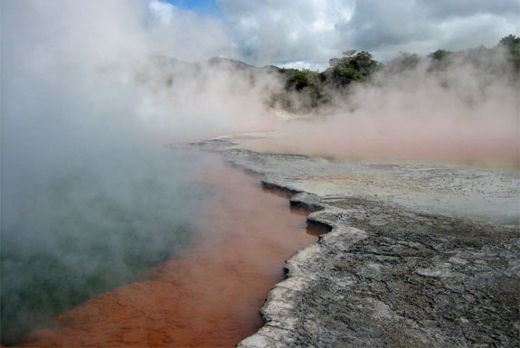New Zealand&#8217;s Best Hot Springs <br />&#038; Geothermal Sites
