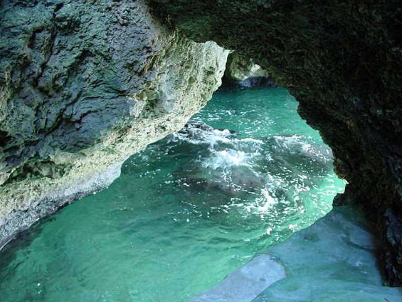 A Review Of The Blue Cave Castle: Negril's Affordable