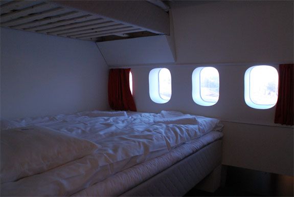 jumbo hostel 6 Stockholms Airplane Airport Hotel