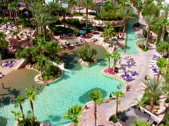 hard rock pool1 The Seven Wonders <br>of Las Vegas Pools