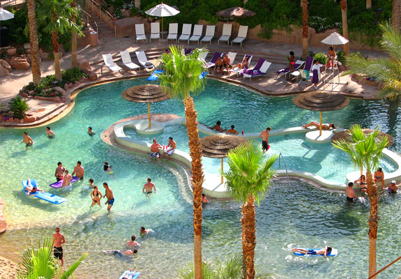 hard rock pool2 The Seven Wonders <br>of Las Vegas Pools