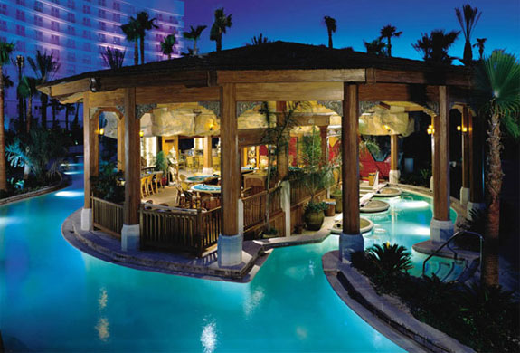 Cool Backyard Swimming Pools : hard rock pool3 The Seven Wonders of Las Vegas Pools