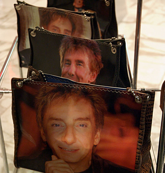 manilow5 The Barry ManiLOVE Store