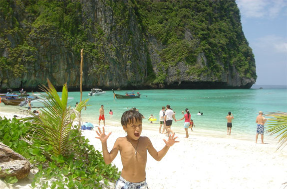 Family Travel: Ko Phi Phi