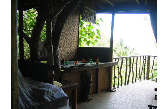 hana 2 Hawaiis Treehouse Hideaway