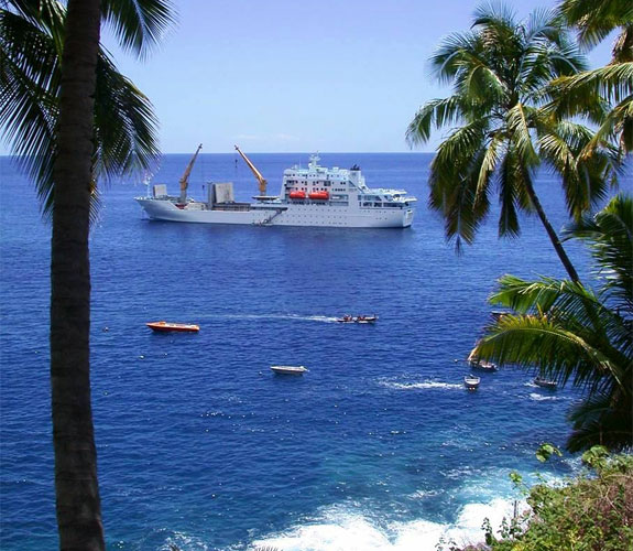 tahiti1 5 Cool Cargo Ship Cruises