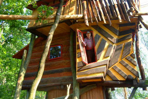 Guten Tag, Treehouse Hotel