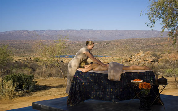 bushmans 20 7 Amazing & Luxurious <br>South Africa Safari Lodges