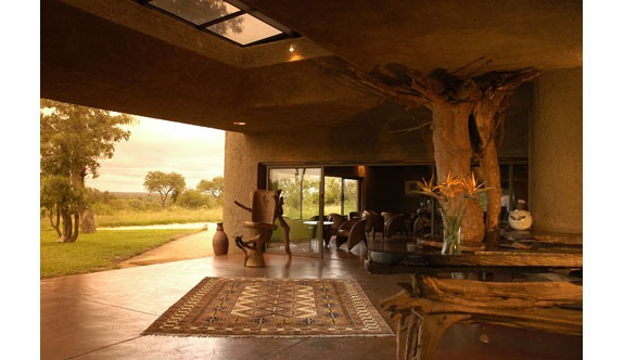 earth lodge 3 7 Amazing & Luxurious <br>South Africa Safari Lodges