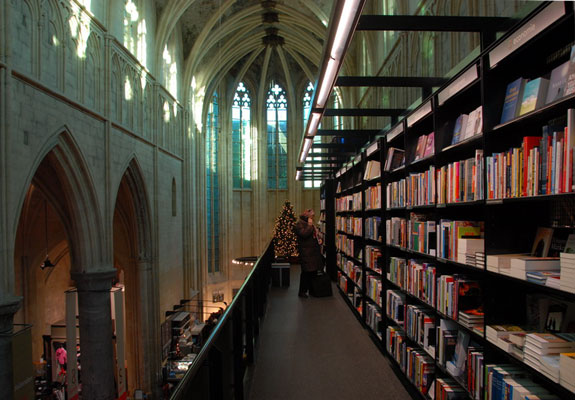 selexyz dominicanen 1 The Worlds 6 Coolest Looking Bookstores