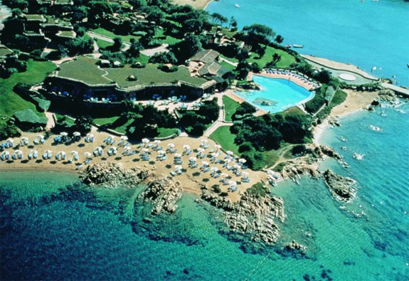 sardinia hotel pitrizza 10 The 3 Most Posh (and Expensive) Sardinia Suites