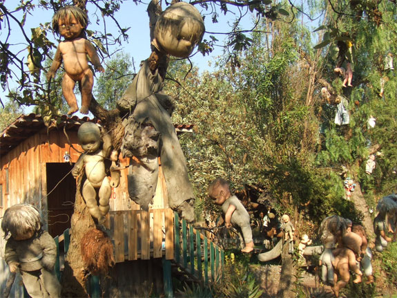 island of dolls 1 The Creepiest Place on the Planet