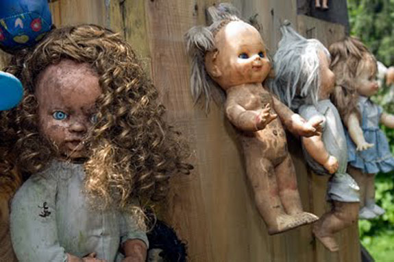 island of dolls mexico 22 The Creepiest Place on the Planet