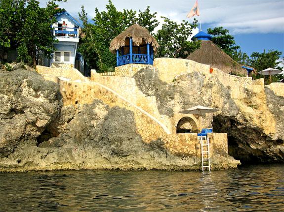 caves jamaica 2 The Jamaica Caves Where Celebrities Find Bliss