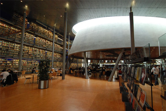 delft library 2 8 Amazing Libraries (and One Thats Horrible)