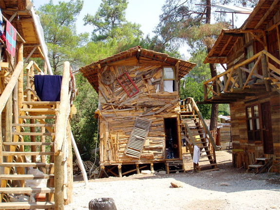 kadir treehouse hotel 2 Stay in an Eclectic, Cheap Mediterranean Treehouse
