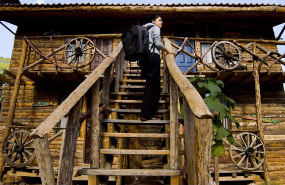 kadir treehouse hotel 3 Stay in an Eclectic, Inexpensive Mediterranean Treehouse
