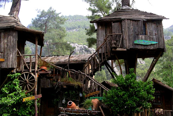 Stay in an Eclectic, Cheap Mediterranean Treehouse