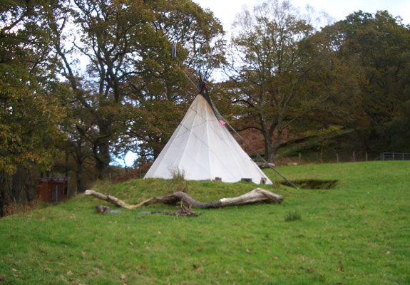 eco retreats wales 1 5 Wonderfully Earthy Glamping Sites