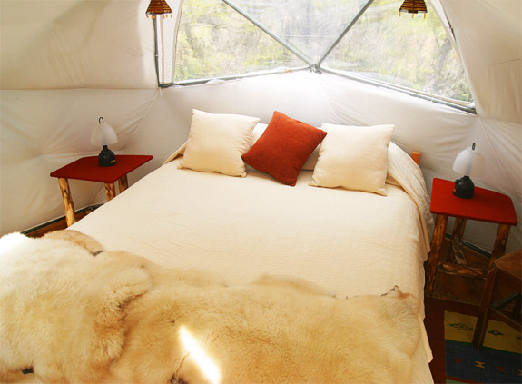 ecocamp 2 5 Wonderfully Earthy Glamping Sites