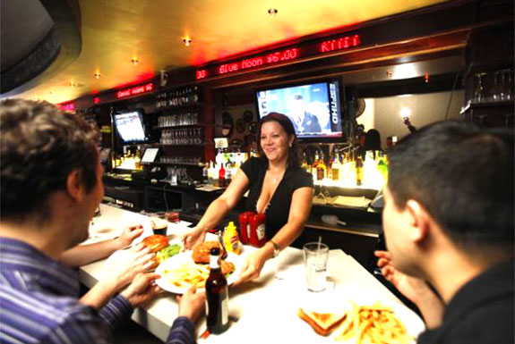 The NYC Bar Where Prices Fluctuate Like Stocks