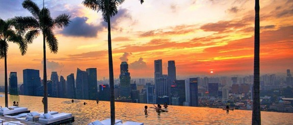 marina sands pool top 575x245 Sky High Swimming