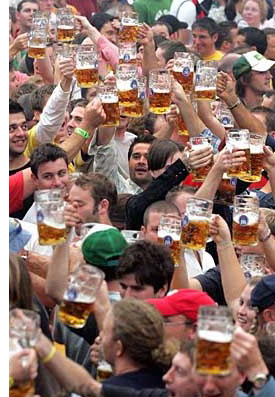 chicago oktoberfest The Best Oktoberfest Celebrations <br>(Outside of Europe)