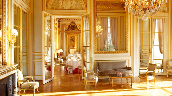 hotel crillon paris 3 Lodge Luxuriously Like King Louis
