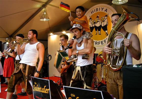 japan oktoberfest 1 The Best Oktoberfest Celebrations <br>(Outside of Europe)