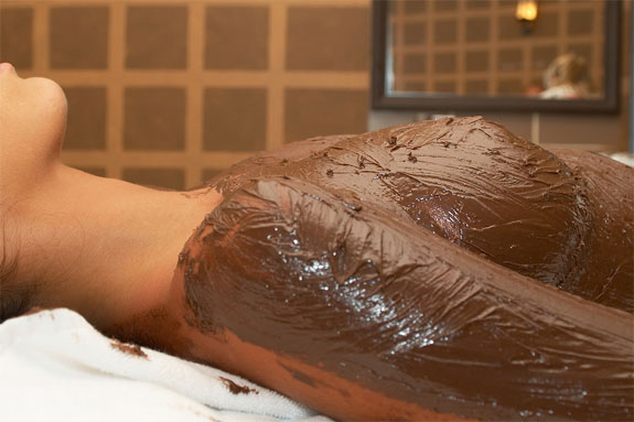 chocolate spa woman Bathe In Chocolate
