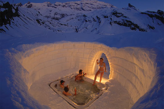 The Igloo Rooms of Iglu-Dorf