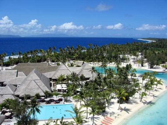 best bora bora resort views 1 The Best View from a <br>Hotel Room in French Polynesia