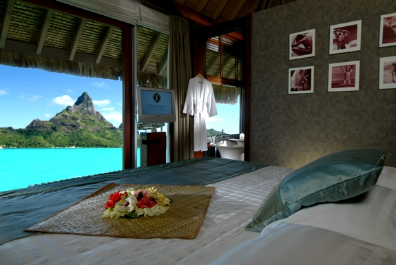 The Best View from a <br />Hotel Room in French Polynesia
