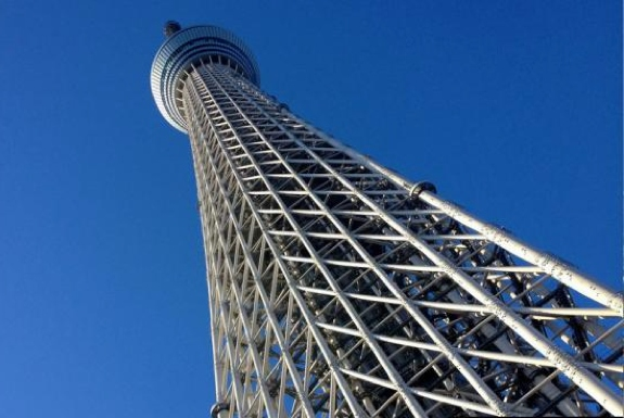 Climbing the Tokyo Skytree