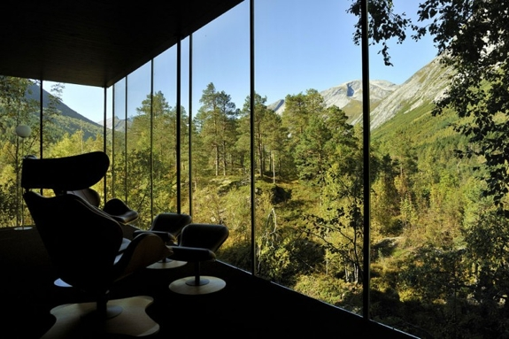 juvet hotel review room 1 Norways Landscape Hotel