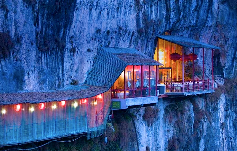 travel unusual restaurant cave china The Restaurant Near the Sanyou Cave