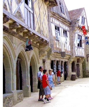 history park france s 3 Cool Theme Parks in France <br>(Youve Probably Never Heard of)