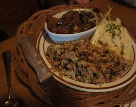 l aberge du dragon rouge montreal review 4 Montreals Dragon Restaurant