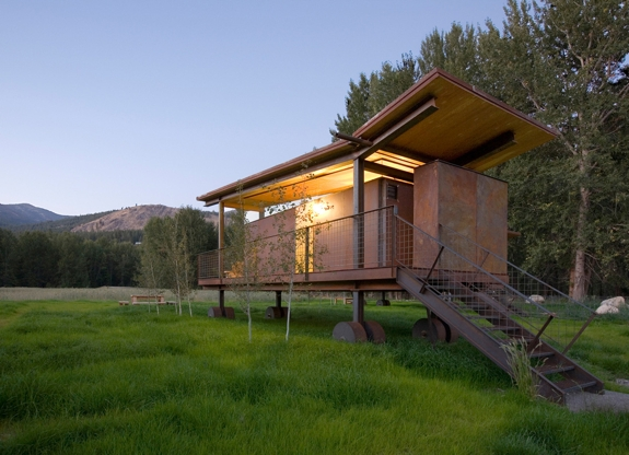 unusual hotel rolling huts 1 Rolling Huts of the Methow Valley
