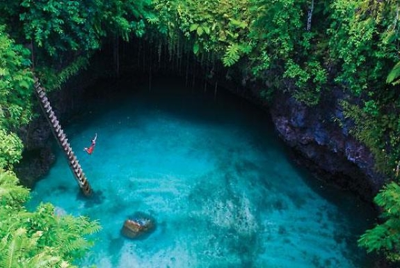 The World's Most Amazing Swimming Holes