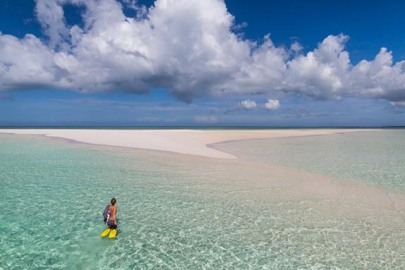manta resort pemba 4 575x383 Total Luxury Half Underneath the Indian Ocean