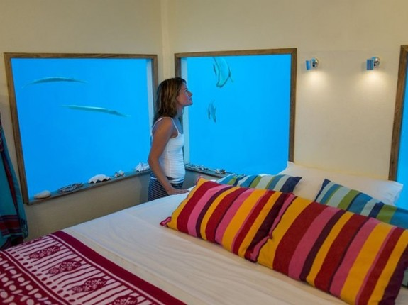 manta resort pemba review in1 575x430 Total Luxury Half Underneath the Indian Ocean