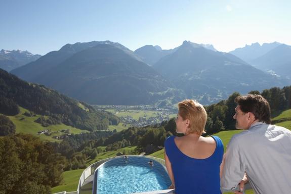 ferienhotel fernblick best hotel view austria 2 The Best View from a Hotel Room in the Austrian Alps
